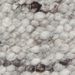 1802 - taupe-créme met iets bruin
